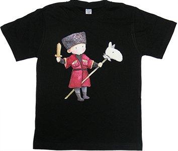 Изображение на черной футболке