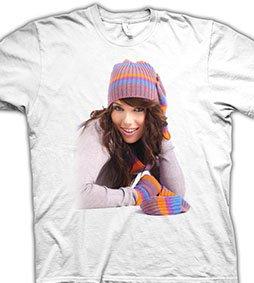 Цифровая печать фото на белой футболке